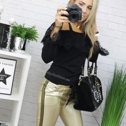 Czarna bluzka Elle z dodatkiem koronki