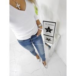 Niebieskie spodnie dżinsy z guziczkami
