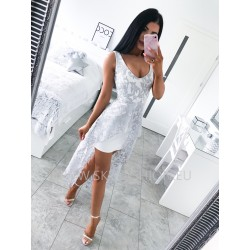 Sukienka ecri na ramiączkach z szarym koronkowym trenem