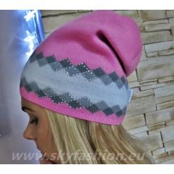 Unikatowa czapka  różowa  z akcentem brokatowej nici