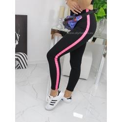 Czarne   legginsy z różowymi lampasami