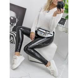 Asymetryczny krótki sweter White